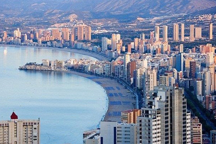 La Coste Mediterranea acumula más del 50 por ciento de la compra de vivienda en España.